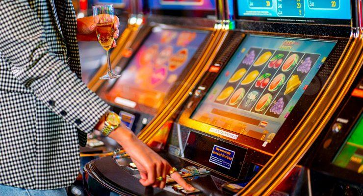 Playing Slot Machine