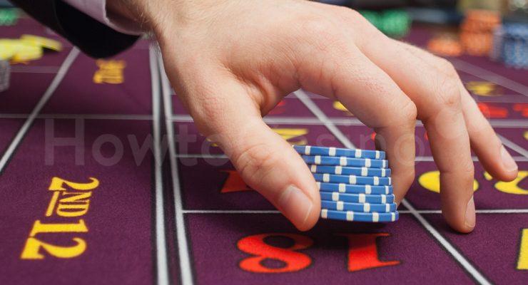 Platzieren von Roulette-Chips auf Nummer 18