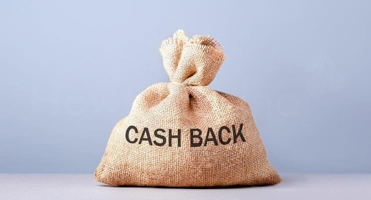 कैशबैक टेक्स्ट के साथ मनी बैग