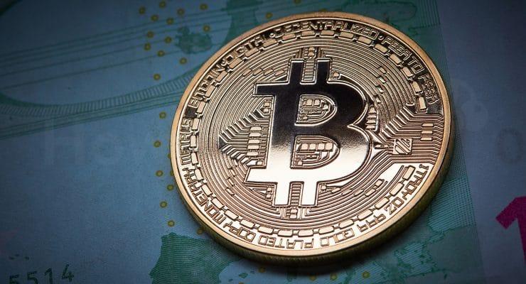 यूरो बैंकनोट पर बिटकॉइन का सिक्का