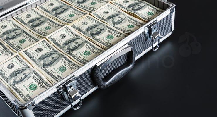 पैसे से भरा मामला